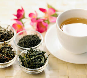 Le 10 dritte per scegliere e bere il tè