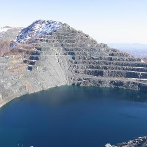 Eternit, cava amiantifera di Balangero
