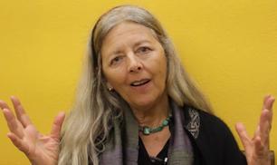 Helena Norberg-Hodge: Economia della Felicità