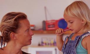 Trialogo sulle sfide educative della famiglia nel mondo globalizzato