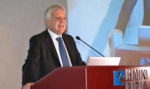 Gian Luca Galletti «Ci vuole un'economia che consumi meno risorse e produca meno rifiuti»