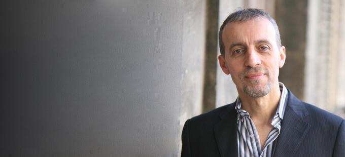 Sergio Dogliani, l'italiano che fa leggere (e non solo) i londinesi