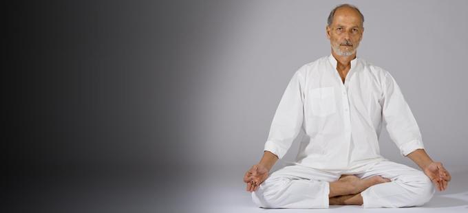 Antonio Nuzzo: «Nello yoga non ci si può affidare al primo venuto»