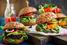 La dieta (più) sostenibile? Non è sempre quella vegana