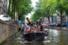 Ad Amsterdam un tour per ripulire dalla plastica i canali