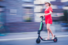 Monopattini elettrici: una corsa a ostacoli verso la mobilità sostenibile