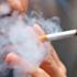 Se il prezzo delle sigarette raddoppiasse, la metà dei fumatori smetterebbe