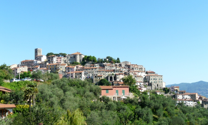 Vezzano Ligure panorama/Wikimedia Commons