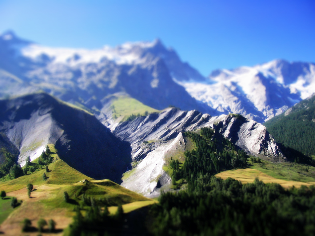 One of the most beautiful views in the Alps like a miniature, album di Rutger de Moddertukker/flickr