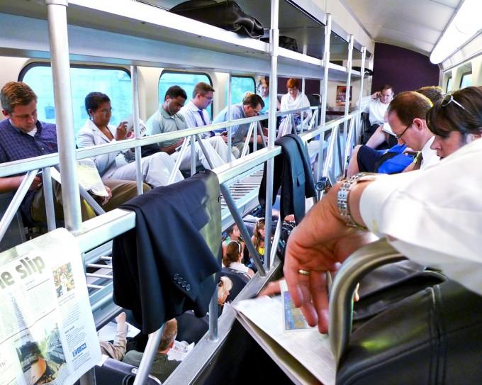Commuter train, album di j.o.h.n. walker/flickr