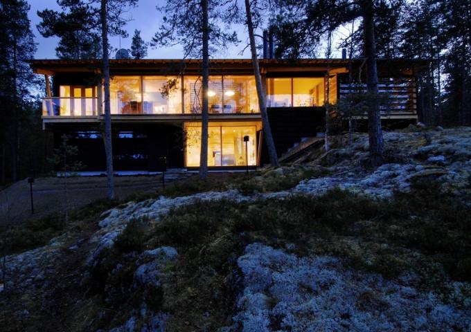 Vista esterna della Villa Nuotta a Kerimäki - Design: Tuomo Siitonen Architects/ Tuomo Siitonen, Antti Lehto - photo credit:  Mikko Auerniitty