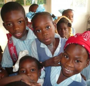 Il centro di accoglienza ANPIL di Port de Paix, Insieme per Haiti, album di Edison Spa