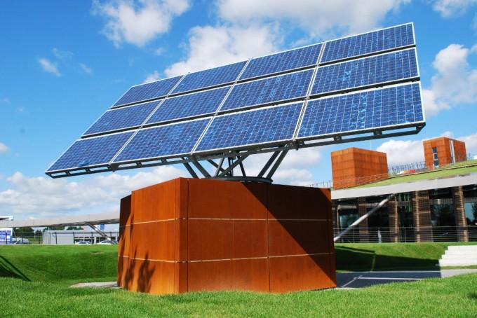 Mover con batteria solare