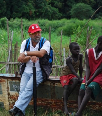 Giobbe Covatta in Sud Sudan con Amref