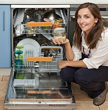 """Lisa Casali, """"cucinare in lavastoviglie"""""""