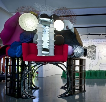 """La mostra """"Le fabbriche dei sogni"""" alla Triennale di Milano curata da Alberto Alessi"""