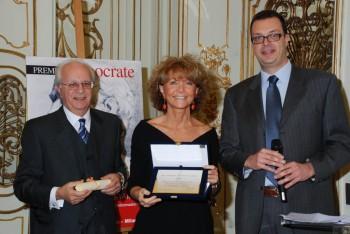 Elisabetta Dejana riceve il premio Ippocrate 2011