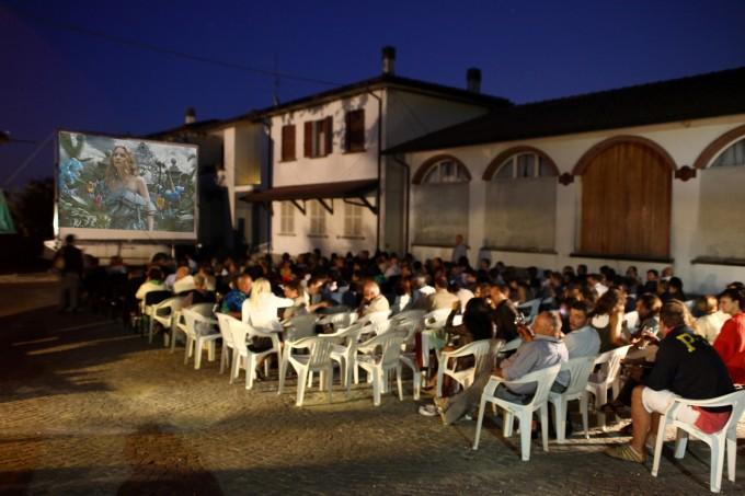 vino vini territtorio Podere La Berta film enogastronomia eno cinefili Emilia Romagna Cinemadivino cinema in cantina cinema cantina aziende vinicole