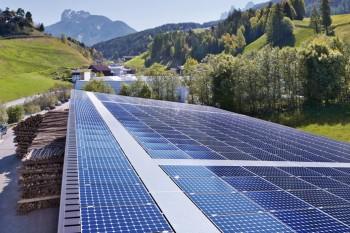 Varna Valle Isarco Premio turismo sostenibile turismo responsabile tecnologie rinnovabili sostenibilità ambientale Legambiente impianti fotovoltaici fotovoltaico energie rinnovabili energie alternative Bressanone borgo Bolzano biogas biomasse teleriscaldamento Alto Adige