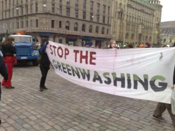 Pianeta green economy etica consumo critico consumatori ambiente