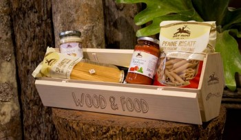 Wood & Food spreco zero riciclo pioppo Palm ortosagono orto Lucy Salamanca legno last minute market design sostenibile biologico biodiversità Alce Nero
