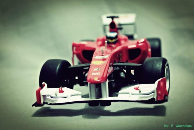 Ferrari solidale. Foto di Fernando Marcelino/flickr