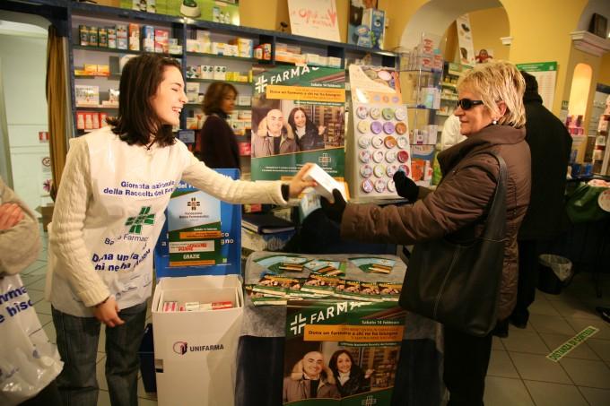 volontariato solidarietà farmaci donare banco farmaceutico