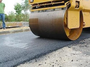 strade con gomme riciclate