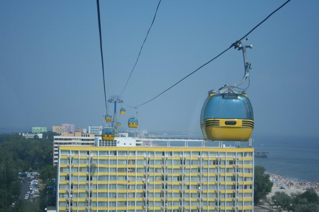 Le teleferiche di Mamaia sul Mar Nero - foto di Michele Novaga