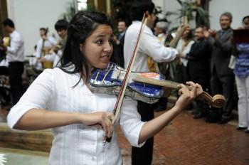 reciclados, strumenti musicali, paraguay, rifiuti