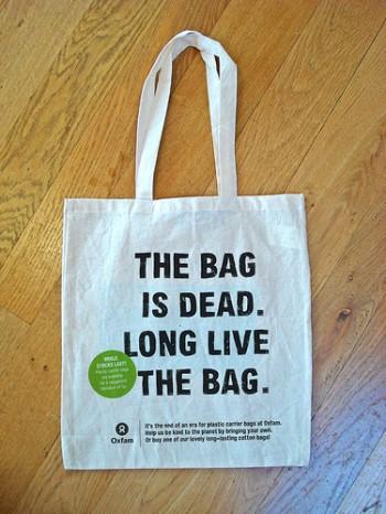 shopper sacchetti biodegradabili riciclo inquinamento ambientale imballaggi carta riciclata buste di plastica bioshopper