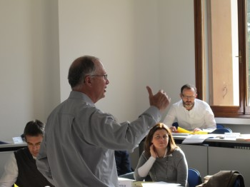 trattativa trappole mentali strategia organizzativa PNL negoziazione interculturale negoziazione negotiation strategy George Siedel controversie anchoring