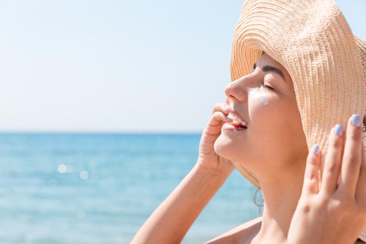 Crema solare palpebre abbronzatura
