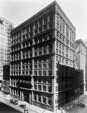 The Home Insurance Building --- Image by © Bettmann/CORBIS
