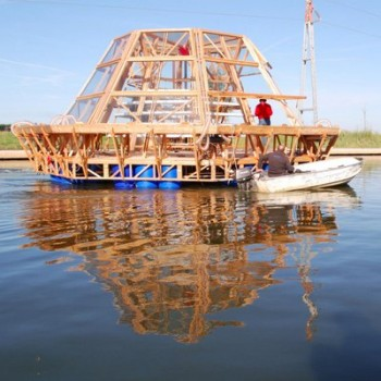 Università di Firenze serre idroponiche riciclo plastica Pnat Srl Dispaa pannelli fotovoltaici Jellyfish Barge innovazione dissalatori coltivazione idroponica Canale Navicelli