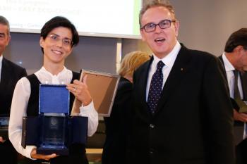 La consegna del Premio a Cariparma