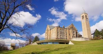 Uno scorcio del campus universitario di Cornell, foto matt.hintsa/Flickr