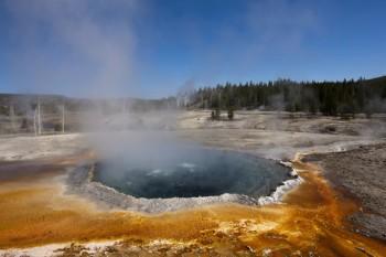 Yellowstone National Park, Wyoming, Idaho, Montana, America, United States --- Image by © Christian Heinrich/imageBROKER/Corbis
