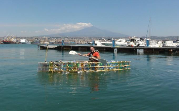 L'eco-canoa di Giuseppe Rapisarda