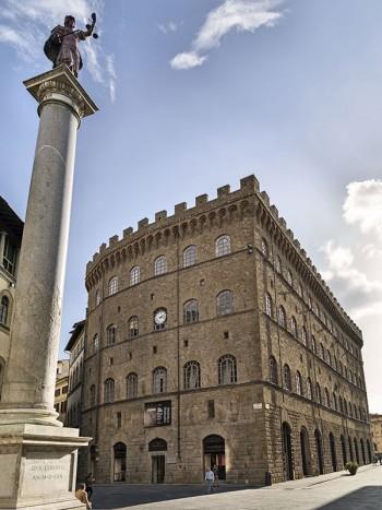 Veduta di Palazzo Spini Feroni sede del Museo Salvatore Ferragamo (foto:  www.ferragamo.com)