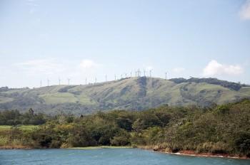 Energie rinnovabili Costa rica: l'eolico presso il lago Arenal, photo: Sam Beebe/Flickr