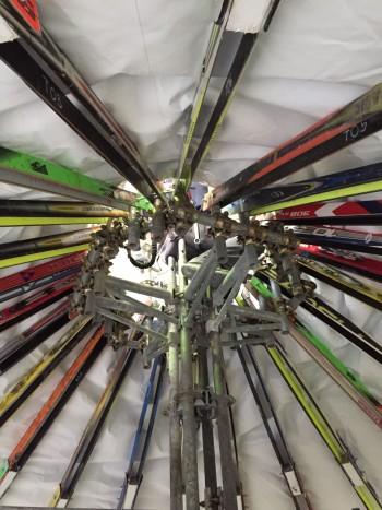 upcycle studio Atelier2 di Milano smaltimento sci sci riciclo degli sci Politecnico di Milano fango emergenza terremoto catastrofi naturali