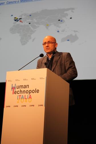 Roberto Cingolani presenta Human Technopole Italia 2014 - Photo Credits www.iit.it