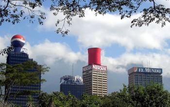 Pubblicità sui palazzi di Caracas, Venezuela, Foto Ruurmo/Flickr
