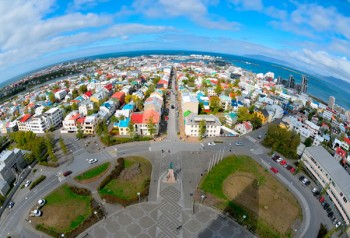 Reykjavik una città alimentata grazie alla geotermiaby iStock