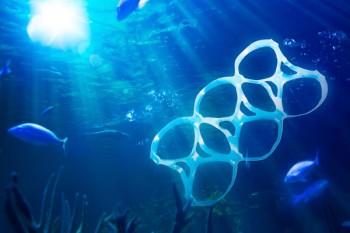 Contro l'inquinamento marino da plastica arriva la campagna Mare Mostro,Image by iStock