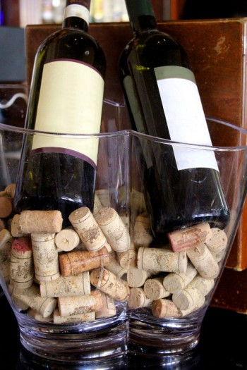 Dai sommelier dell'AIS un progetto per riciclare i tappi di sughero, Image by iStock