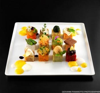 Un piatto vegetariano del Joia in cui dominano i colori (Foto di Giovanni Panarotto)