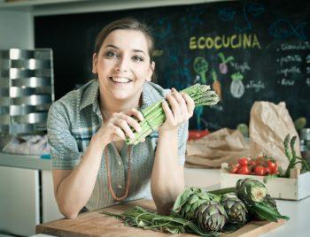 verdure panettoni vegetali ortaggi omega 3 Lisa Casali glutine formaggi vegetali estrattore cotechino alternativo consumo sostenibile carciofo basso impatto ambientale