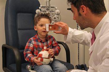 d-eye, cover, smartphone, oftalmoscopio